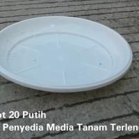 Alas Pot Uk 20 Putih Tatakan Pot 20 Putih Pot Bunga Plastik 20 Putih