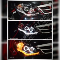 Headlamp Avanza VVTI 06-11 Projector Angel Eyes Black Sequential Sign