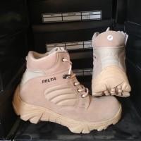 sepatu safety boots pria