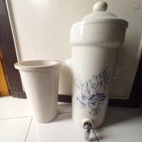 Guci Air - Guci Antik - Tempat simpan air minum - dispenser air unik