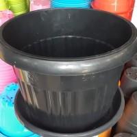 pot bunga plastik hitam GRACE 40cm +tatakan bawah