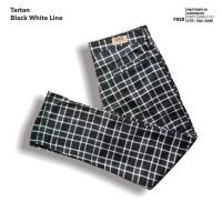 fruddy duddy - fddy - tartan - pants - Black white Line