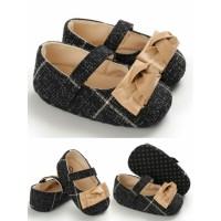 Sepatu Prewalker Shoes Anak Bayi Perempuan Hitam Pita Coklat