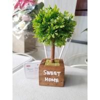 A3 Tanaman Hias plastik / Artificial Daiso Mini Tree