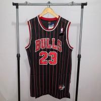 Jersey Basket Swingman NBA Chicago Bulls Michael Jordan hitam strip