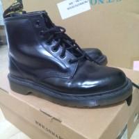 Sepatu Boots Dr. Martens / Docmart Hitam Original Preloved