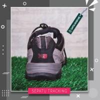 Sepatu Karrimor Mens Merlin Low WTX Walking Shoes Waterproof
