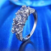 Cincin Berlian Imitasi Silver 3 Lapis Emas Putih Batu Cubic Zirconia