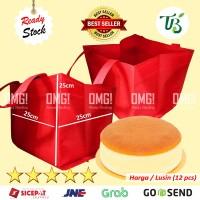GOODIE BAG TBI -BOX CAKE- TAS KUE SPUNBOND 25x25x25 cm BUKAN PAPER BAG - Merah