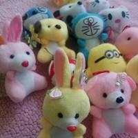 Gantungan Kunci Boneka panda / Doreaemon / hellokitty / Minion cantik