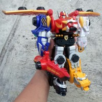 Power Rangers megaforce bandai gosei great megazord