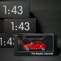 1:43 VW Nu Beetle Pajangan Acrylics Dealerbox Diecast Authorized Rare