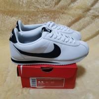 sepatu wanita/pria couple Nike Cortez leather white black