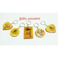 Souvenir Gantungan Kunci Kayu Putih Sablon Request