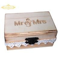 Kotak Cincin Pernikahan Desain Mr & Mrs Rustic Bahan Kayu