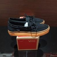 Sepatu Vans Zapato Claasic Black GuM Sneakers - Un oRIGINAL
