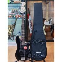 Squier Affinity Precision PJ Bass Guitar Laurel FB Black Original