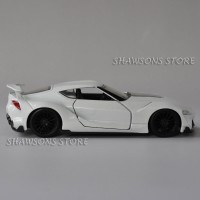 Jada Skala 1:32 Toyota FT-1 Model Diecast Logam Tarik Kembali Mainan