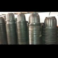 pot plastik besar- eboni 60 dan tatakan / pot tanaman