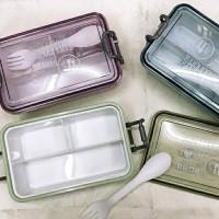 Kotak Makan Polos Sekat 3 PLUS Sendok - Kotak Bekal BPA FREE