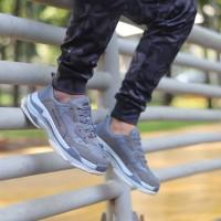 Sepatu Pria Balenciaga Triple S Gret Ori