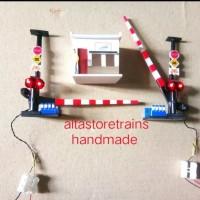 miniatur palang pintu kereta api paket