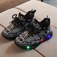 Sepatu Sneakers Anak Laki-laki Yeezy V1 013 Sepatu LED Prime Knit