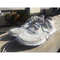 Sepatu Champion full white running not nike adidas stussy gap lacoste