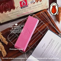 Tulip Chocolate Strawberry Compound 200gr Stroberi Batang Coklat Pink