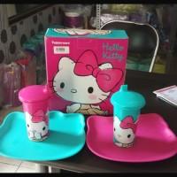 Hello Kitty Set Tupperware