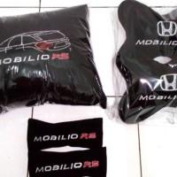 Aksesoris bantal mobil custom Honda Mobilio RS