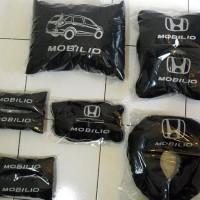 Honda Mobilio bantal mobil custom part 3