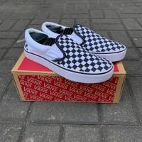 sepatu vans slop checker board size 37 -43