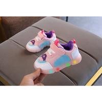 Sepatu Sneakers Anak Perempuan 004 Breathable Mesh Cantik Sepatu LED - Merah Muda, 27