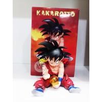 Action figure Goku Kakarotto with dragon ball injured after battle