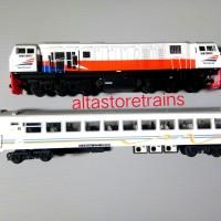 miniatur Kereta api Lokomotif Dan Kereta penumpang