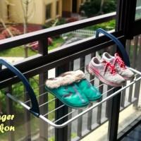 Jemuran Baju Gantung balkon / Gantungan Handuk / Tempat Sendal Sepatu