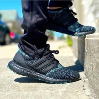 Sepatu Adidas Ultraboost 4.0 Black True Green Premium Original