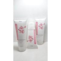 Fanbo Precious White Sakura Extract Facial Foam 100ml