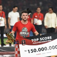Kaos Tshirt baju Combed 30S Distro Specs Persija Champion 2018 Jersey