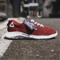 Sepatu Pria Sneaker Running Shoes FEARLESS RUN RR01 Training - REEBOK
