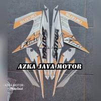 striping stiker Suzuki Satria F 150 putih gold 2014