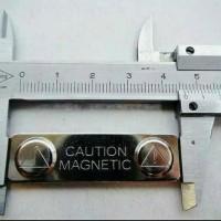 CAUTION Magnet Nama Dada Name Tag Nametag Pin Wing Lencana Papan nama