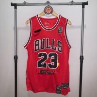 Jersey Basket Swingman NBA Chicago Bulls Michael Jordan off White