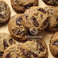 Soft Baked Chocolate Chips Cookies