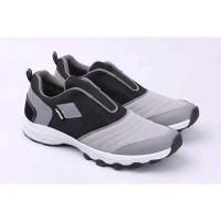 sepatu olahraga pria kets sneaker original catenzo