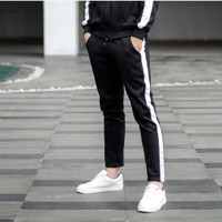 Celana Joger Pria Hitam List Putih Training Pria Jogger Pants Original