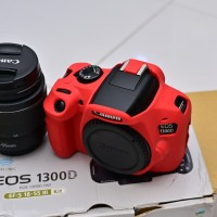 Canon EOS 1300D Canon 1300D dan Kit 18-55mm Like New Lengkap ada Bonus