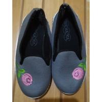 Sepatu Kets Anak Wakaka Preloved