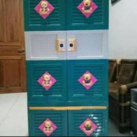 Lemari Gantung Plastik Club